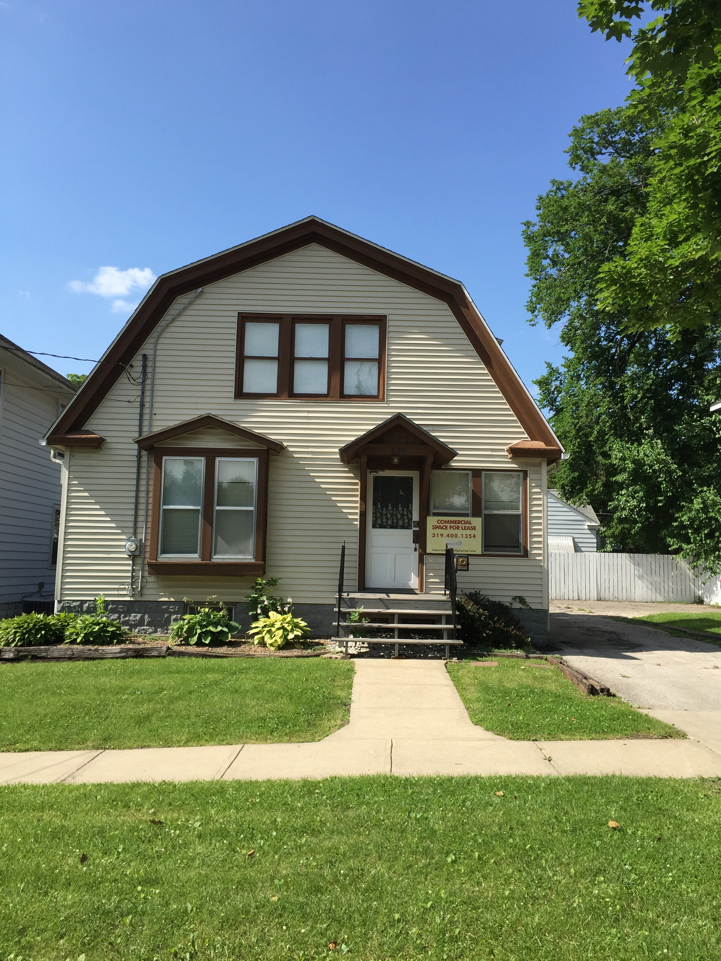 626 E Bloomington - House (3BR/1BA)